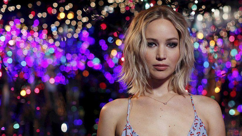 ¿Por qué el vestido de Jennifer Lawrence ha abierto un debate sobre el sexismo en la Red?