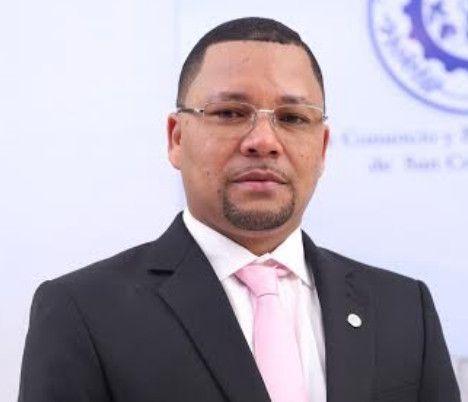 El presidente de la Cámara de Comercio Emmanuel Dionisio, abogo para que el Estado conceda más facilidades financieras a las mujeres microempresarias y las que labran la tierra