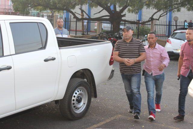 Llevan a cárcel preventiva de SFM al hermano de Marlin, acusado en asesinato de Emely