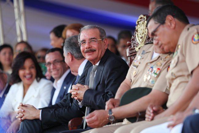 Presidente Danilo Medina encabeza desfile por 174 aniversario de la Batalla del 19 de Marzo