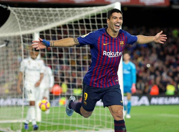 Con tripleta de Suárez, Barcelona golea al Real Madrid