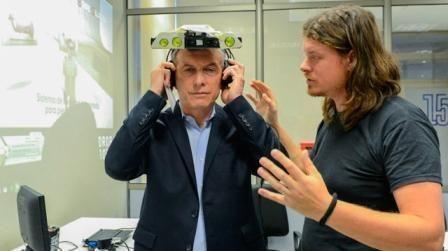 Desarrollo de un sistema de realidad aumentada para no videntes