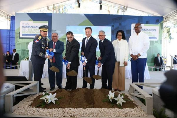 Jean Rodríguez deja iniciados trabajos construcciónCárcel Preventiva San Luis