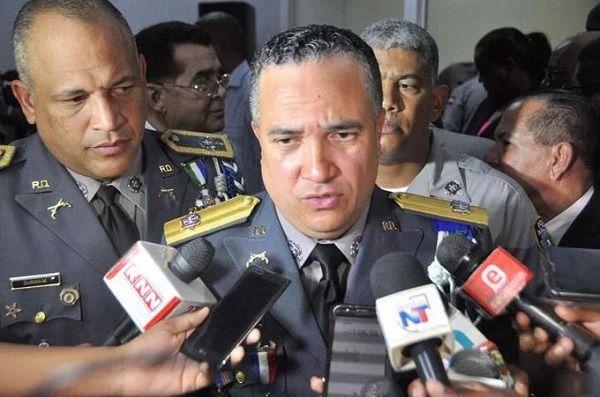 La Policía cambia mandos a generales y varios coroneles