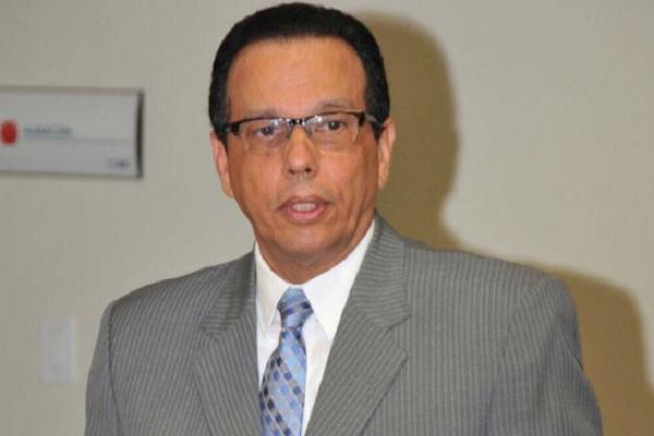 Ministro Peña Mirabal designa nuevo vocero en Educación