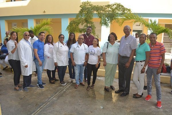 Asociación Dominicana de Rehabilitación SC realiza operativo médico en Haina