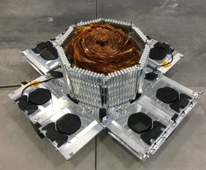 Lanzado el satélite R3D2