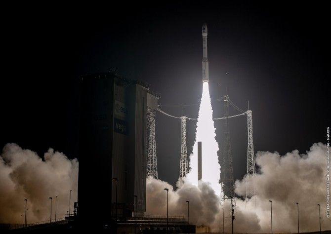 Lanzado el satélite PRISMA