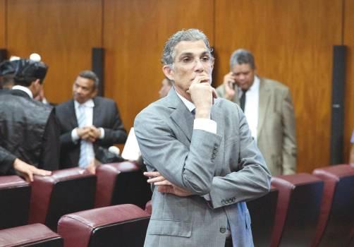 Defensa de Conrado Pittaluga pide a tribunal emita auto de no ha lugar a su favor
