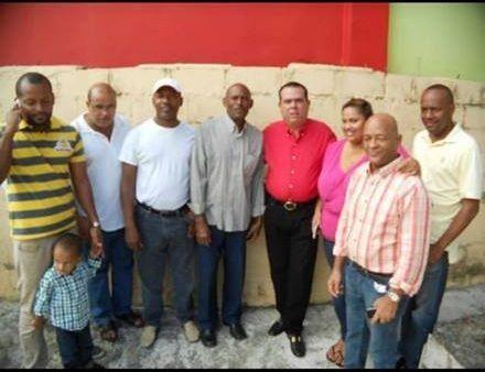 Rommel Lora  felicita a los periodistas del municipio