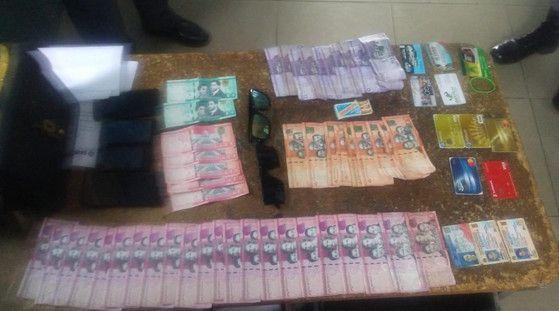 Policía de SC apresa integrantes de una banda que se dedicaban a poner a circular dinero falsos
