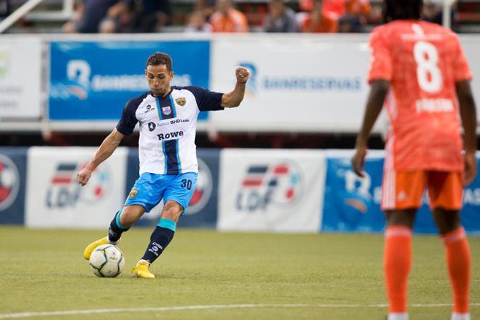 FÚTBOL – Marisi es líder de goleadores Liga Dominicana | Listín Diario