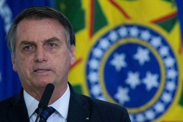 El presidente de Brasil evalúa designar a su hijo como embajador en EEUU