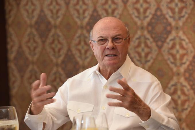 Hipólito apoya reforma que habilite a Medina para 2024