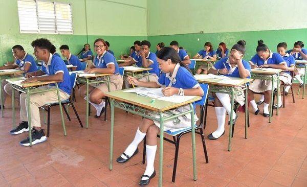 Educación convoca a más de 34 mil estudiantes a Pruebas Nacionales
