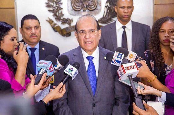 Muere la madre del presidente de la JCE Julio César Castaños Guzmán