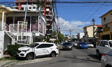 Narco escapa en medio de un tiroteo con agentes antidrogas