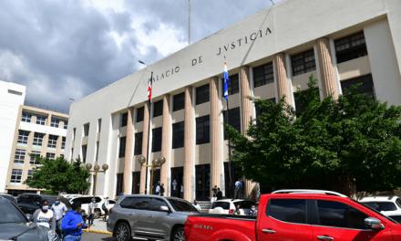 Juez se reserva fallo para próximo viernes sobre medida de coerción de imputados en Antipulpo