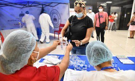 El país realiza menos pruebas diarias para diagnosticar Covid