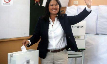 Keiko Fujimori denuncia un «fraude sistemático» en los comicios