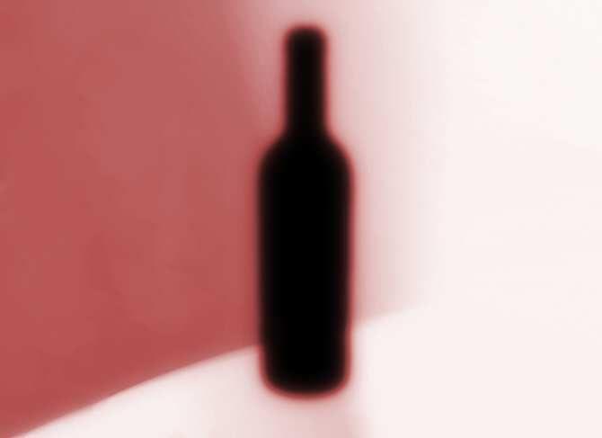 Consumir alcohol siendo menor de edad: desgracia para unos, negocio para otros