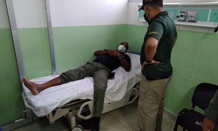 Coronel del SENPA es atropellado por conductor de camión que extraía arena en río Nizao