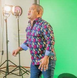 """Héctor Acosta graba video de su nueva bachata """"Pa que me perdones"""""""