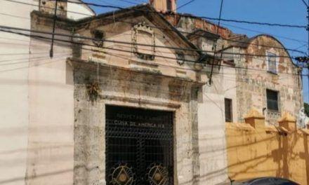 Iglesia y Logia comparten un monumento