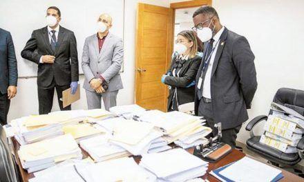 Pepca examina 23 mil pistas sobre corrupción