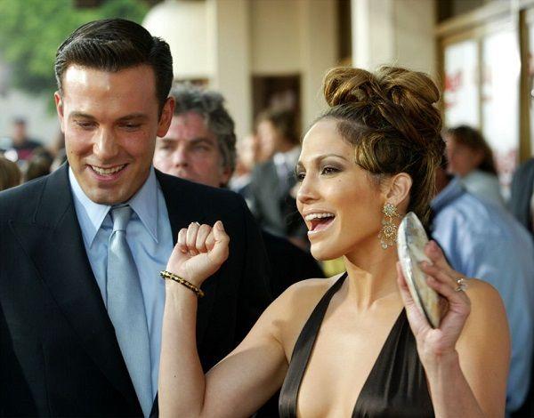 """Paparazzi le pregunta a Ben Affleck: """"¿Y el anillo pa' cuando?"""", y el novio de Jennifer López reacciona"""