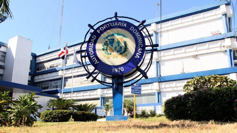 Empleado cancelado demanda por más de RD$20.0 MM a Autoridad Portuaria y a su director