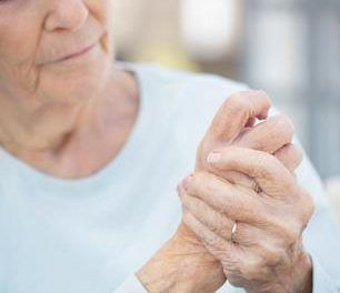 Artritis psoriásica, una enfermedad que afecta la piel y las articulaciones