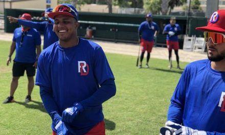 Erick Mejía y Denyi Reyes se reportaron a preparación