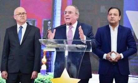 PLD afirma que el presidente Abinader está improvisando