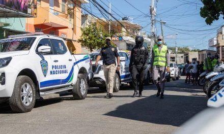 Cientos de agentes y equipos nuevos para labores de patrullaje