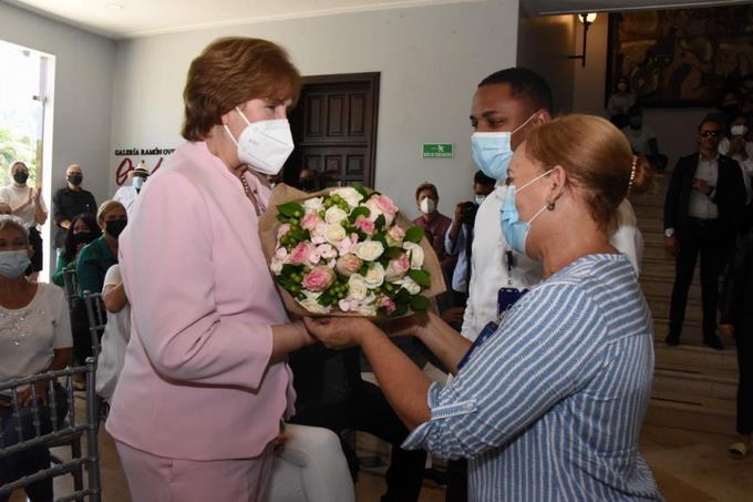 Ministerio de Cultura reconoce gestión de Carmen Heredia