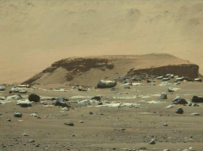 El antiguo delta de un río marciano, probable «punto caliente» de huellas biológicas