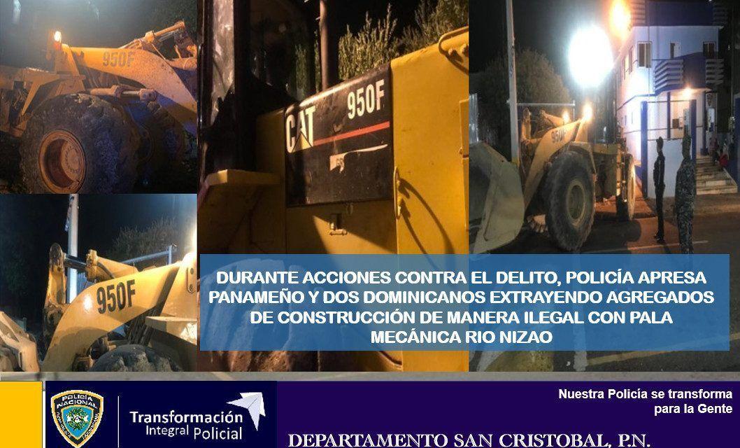 Policía apresa panameño y dos dominicanos extrayendo agregados de construcción de manera ilegal con pala mecánica en rio Nizao